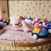 Sleepy Mew Amigurumi - Pokemon - La Calabaza de Jack
