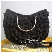 Black petals bag