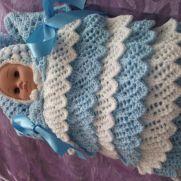 frilled crochet nest