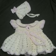 Newborn pink trim set