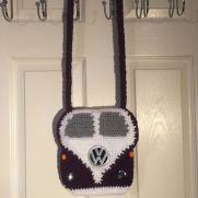 VW Shoulder bag - purple