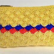 Shell stitch purse 2