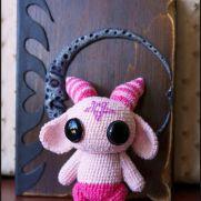 Pink Demon Amigurumi - La Calabaza de Jack