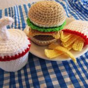 Fast Food Cheeseburger Set