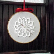 Crochet Clock, Embroidery Hoop Art, Wall House Decoration,Christmas Decorations