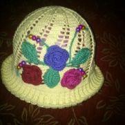 Full of roses hat