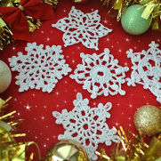 5 Free Crochet Snowflake Patterns