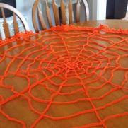 spider web table runner