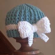 Textured Beanie with Bow