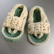 Baby Flip Flops  {Whistle and Ivy}
