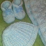 Booties, hat and blanket