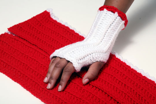 Fall/Winter Crochet Fingerless Womens Gloves