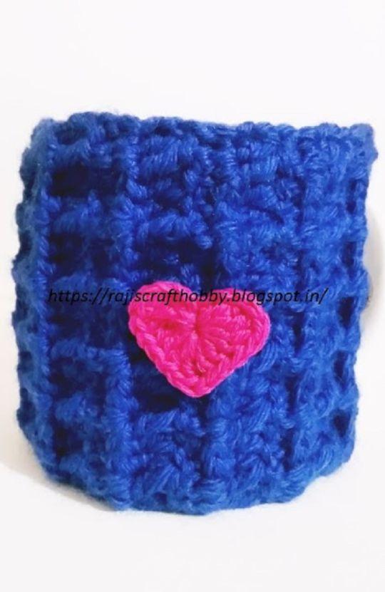 Waffle Stitch Mug Cozy with a Heart Applique