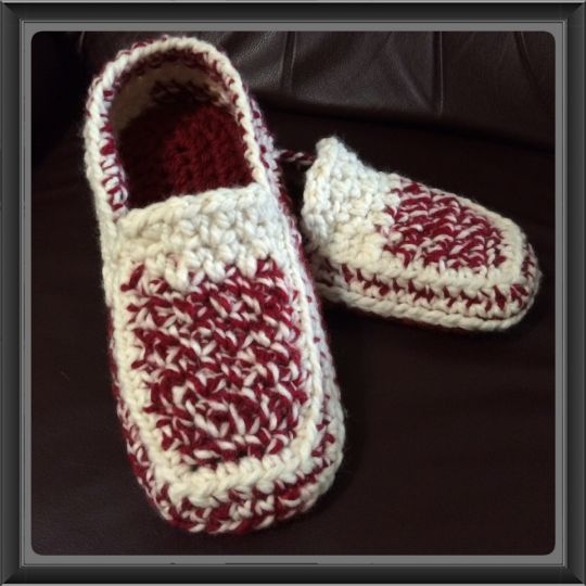 IU Loafer Slippers