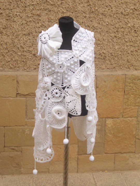 Crochet Wedding Shawl, Cape White Medallion Medley, Elegant Fashion Scarf, Shawl gift for Women