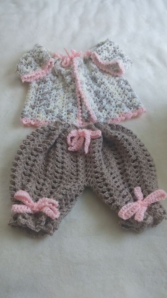 Baby girl bloomer set