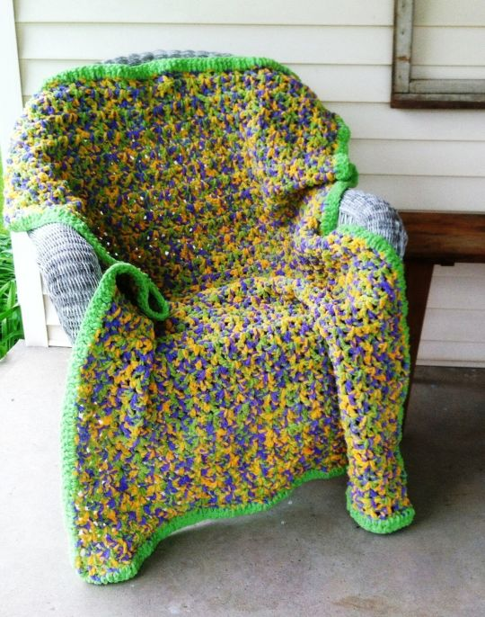 Crochet Lap Afghan Made With Bernat Blanket Yarn Crochet Creation