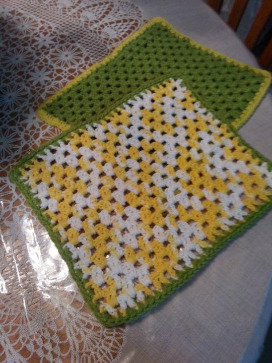 Springtime dishcloth