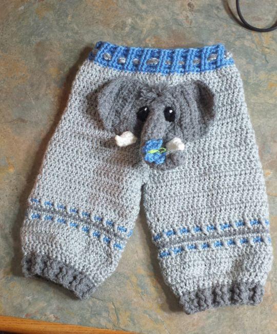 Baby elephant bum