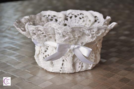 Folded doily basket +°+ Panier napperon plié