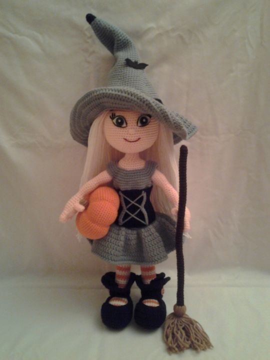WANDA The Witch Doll