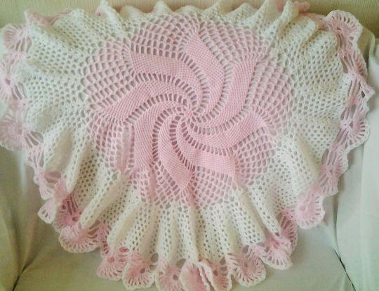 Pink and white windmill shawl