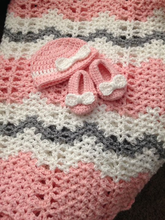 Chevron Baby Blanket with Hat & Booties