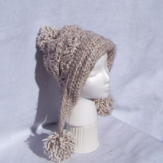 Frozen Snow Hat in Buttercream Angel Hair.