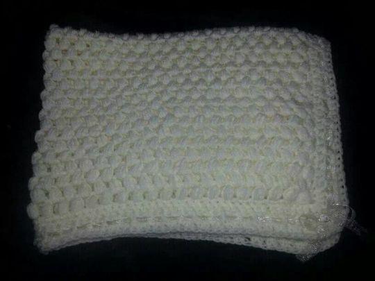 Puff stitch blanket