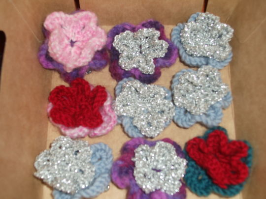 Knitted Flower Brooches
