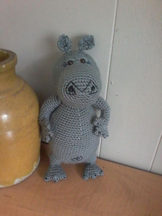 Crochet Gloria from Madagascar