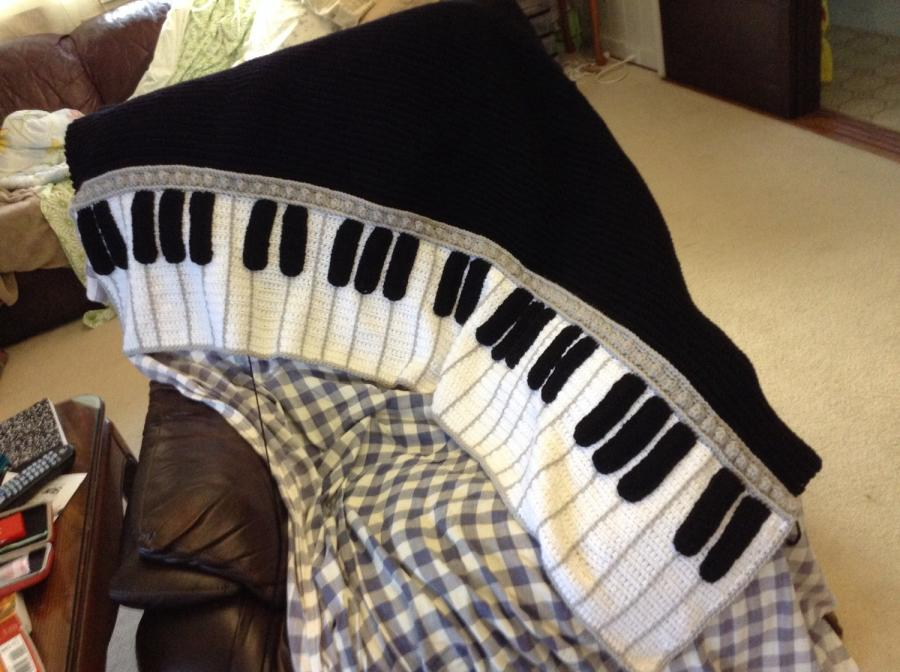 Crochet Pattern For Piano Afghan : Second piano afghan - Crochet creation by MamaLou60 ...