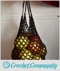 Foldaway crocheted bag +°+ Sac en crochet pliable