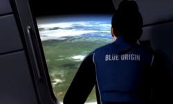Blue Origin Berencana Memulai Misi Berawak ke Luar...