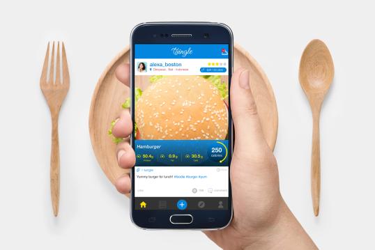 Yang suka foto makanan, Coba deh Download App Cerd...