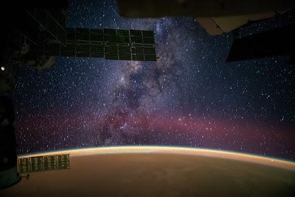 pemandangan galaksi bimasakti
