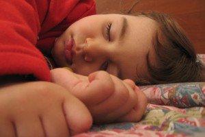 Tidurlah Miring ke Kanan