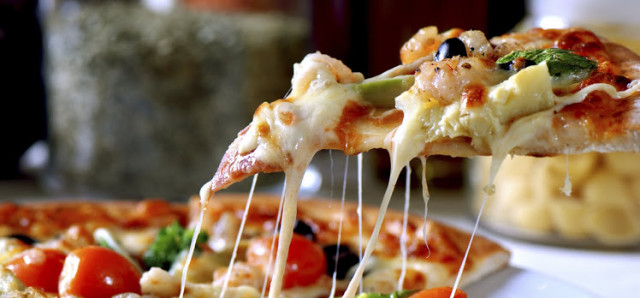 $9 Pizza Special at Osborne Park Hotel