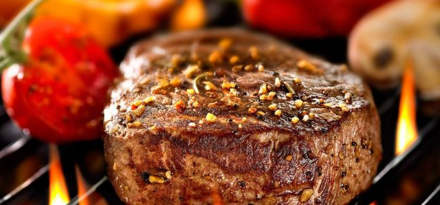 $18 Steak Night at Whale+Ale