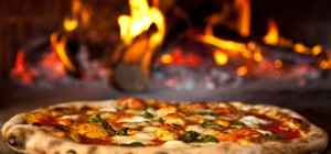 50% Half Price Pizzas at Portofinos Restaurant Quinns Beach