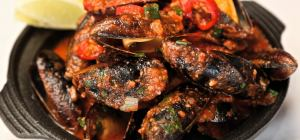 $20 Mussel Monday at Cicerello's Freo