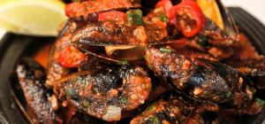 $10 Chilli Mussels at Metro bar and bistro