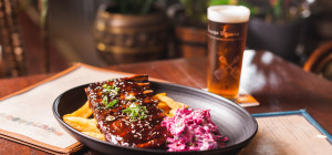 $15 BBQ Ribs Thursdays at The Squires Fortune