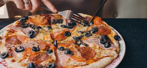 $10 Pizza Special at Cucina On Hay