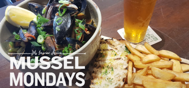 $15 Mussel Mondays at The Peach Pit