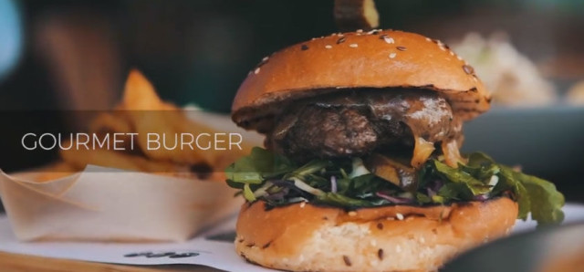 $10 Burger & Chips at Mullaloo Beach Hotel