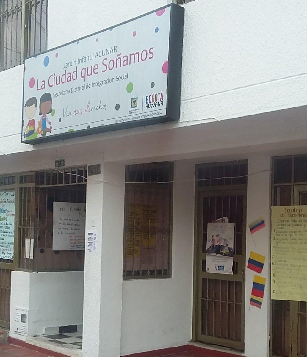 Jardin infantil acunar la ciudad que so amos muequet for Barrio ciudad jardin norte bogota