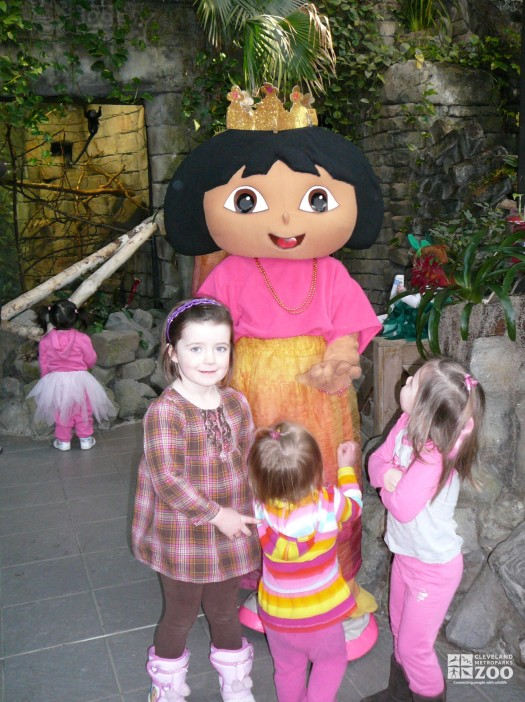 2013 - Dora and Kids at Fairy Tales & Frogs Event