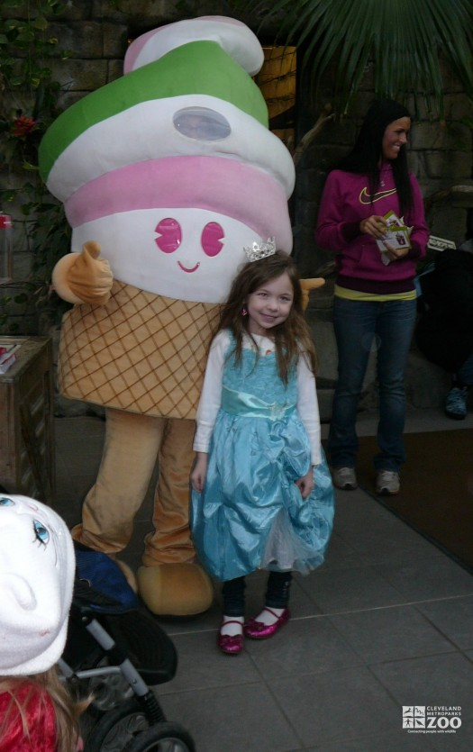 2013 - Princess and Ice Cream Cone at Fairy Tales & Frogs Event