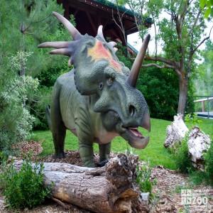 "Styracosaurus ""spiked lizard"""